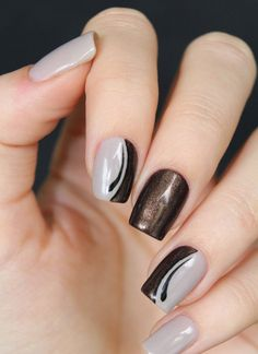 Light gray and copper glitter nail art design. Create half moon design of light gray and copper glitter on your nails to make that elegant effect rise.