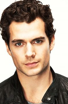 Hellooooo Henry Cavill! Mom! I'm moving to the UK and enrolling in a theater program