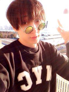 #神聖かまってちゃん #の子 #自撮り #selfy Round Sunglasses, Sunglasses Women, Japan Art, Band, Music, Life, Fashion, Projects, Musica