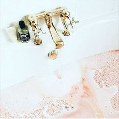 A pink bubble bath calls for a Soothe & Calm Hydrogel mask, don't ya think? Home Design, Design Ideas, Bath Benefits, Houses Architecture, Carlson Young, Pinterest Instagram, Instagram Posts, Design Industrial, Perfect Day