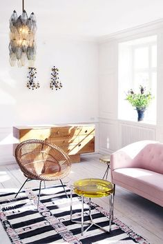Interior Design Living Room. Simply inspirational by www.ConfidentLiving.se!