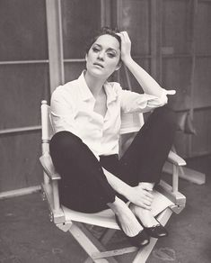 Marion Cotillard:  white shirt, cropped trousers, ballet pumps MATCHESFASHION.COM #MATCHESFASHION