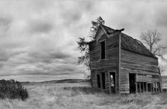 Building in the Past The Ghost Town of Sanger – North Dakota, 2012