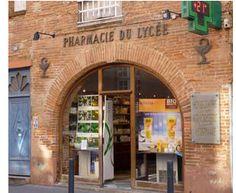 Pharmacie du Lycée, Toulouse. http://todayintoulouse.com/pharmacie-du-lycee/
