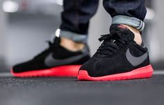 innovative design 5c1b3 89102 Nike Roshe LD-1000  Black Red Nike Tanjun, Nike Roshe Run,