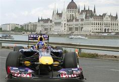 Formula 1 race cars in the heart of Budapest? Yes! Enjoy the Great Race on the embankment on the 1st of May, see you there!  the great race budapest - Google keresés The Great Race, In The Heart, Car Ins, Red Bull, Hungary, Budapest, Race Cars, Racing, Formula 1