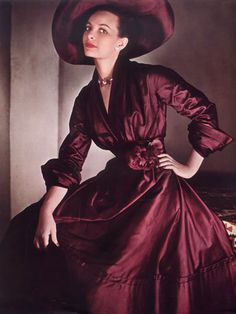 Christian Dior - 1948 - Photo by Philippe Pottier