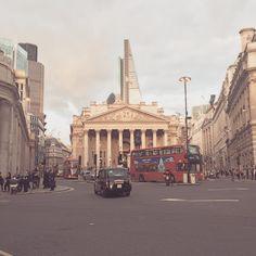 London baby  #newcity #london #uk #bank #newjob #startuplife #trouva