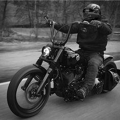 harley davidson softail heritage - I Love Motorrad Harley Davidson Custom, Harley Davidson Quotes, Classic Harley Davidson, Harley Davidson Chopper, Harley Davidson Street Glide, Harley Davidson Motorcycles, Harley Bikes, Triumph Motorcycles, Custom Motorcycles