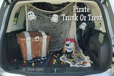 DIY Pirate Trunk Or Treat - Mrs. Dessert Monster Webdesign and Keywords: webdesign web-design Pirate Halloween, Holidays Halloween, Halloween Diy, Halloween Decorations, Halloween 2020, Trunk Or Treat, Fashion Kids, Haloween Party, Trunks And Chests