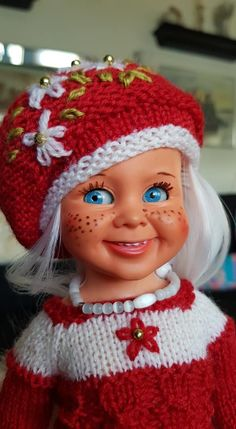 Tjorven is ready for christmas. The Past, Winter Hats, Beanie, Italy, Dolls, Cute, Christmas, Collection, Fashion