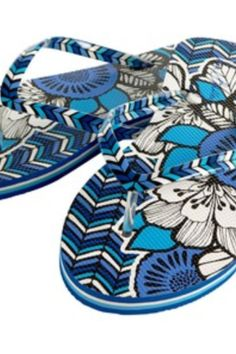 Blue bayou Vera Bradley flip flops $24 Come in to Simply Gorgeous in downtown Gainesville today! http://www.simplygorgeousgifts.com/Default.asp