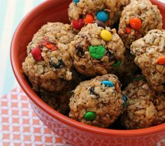 Fun and Super yummy healthy snack for kids. These Granola Bar Bites will not disappoint and kids love them.