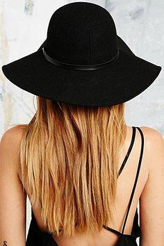Lola Wide Brim Felt Hat in Black - Urban Outfitters