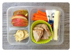 http://www.100daysofrealfood.com/category/children-adapting/school-lunches/ #healthylunch #schoollunch #100daysofrealfood