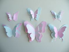 Best 11 PAPER BUTTERFLY – these paper butterflies are so fun to make! You can even add these to a wall. A fun and easy spring craft for kids. Diy Butterfly Decorations, 3d Butterfly Wall Decor, Butterfly Crafts, Butterfly Design, Butterfly Mobile, Wall Decorations, Spring Crafts For Kids, Diy For Kids, Butterfly Birthday Party