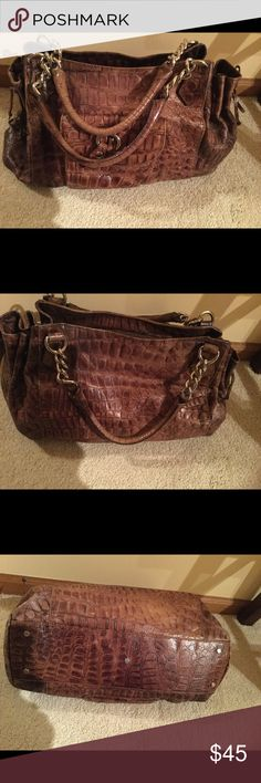 """Roberta Gandoli Italy genuine leather brown bag Very good condition , no rips or spots , brown genuine leather ,zip center closure ,1 zip and 2 slide in pockets inside ,one clip on pocket on a front of bag . , silver based hardware 17"""" strap drop ,15"""" X 10"""" x4"""" . ❌Price firm Bags"""