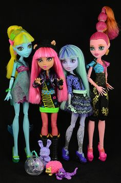 13 Wishes Gang - I have Howleen and Twyla. I need 3 Gigi's so I can make evil and good Wisps as well.