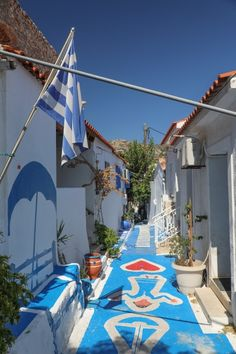 Samos Greece, Greek Beauty, Greek Life, Dream Vacations, Places Ive Been, Beautiful Places, Fair Grounds, Patio, City