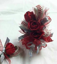 I love this corsage! would look neat with softball for the girls! Baseball Crafts, Baseball Party, Baseball Season, Sports Baseball, Baseball Stuff, Baseball Clothes, Baseball Photos, Baseball Shirts, Baseball Players