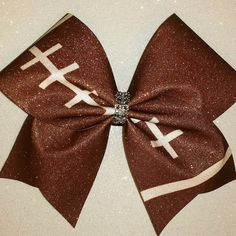 Cheer Bow(Football Style) I like very much! Softball Bows, Football Cheer, Cheerleading Bows, Football Season, Football Hair Bows, Football Stuff, Volleyball, Cute Cheer Bows, Cheer Mom