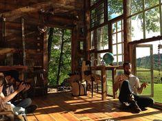 nick und lilahs glashaus von innen