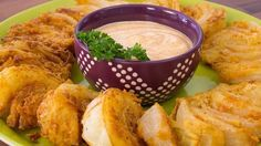 You could eat an Bloomin' Onion, but isn't it cuter to eat Bloomin' Onion Wedges?