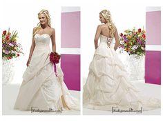 Beautiful Elegant Taffeta A-line Sweetheart Wedding Dress In Great Handwork