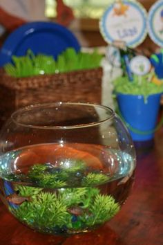 Hostess with the Mostess® - Lane's Bubble Guppies Party, i could still have my fish just as centerpieces instead