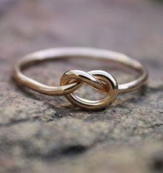beeeeen looking fo a ring like this...