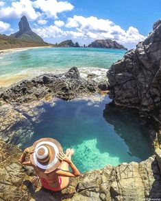 In the beautiful natural pools of Fernando de Noronha, PE, Brazil - Adventure Places To Travel, Places To See, Wonderful Places, Beautiful Places, Brazil Travel, My Pool, South America Travel, Beach Photos, Beautiful Landscapes
