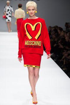 Moschino Fall 2014 Ready-to-Wear Fashion Show - Natalia Siodmiak