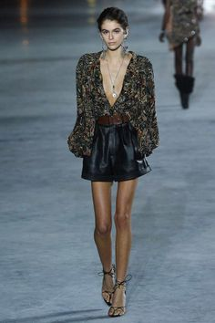 See the complete Saint Laurent Spring 2018 Ready-to-Wear  collection.
