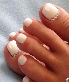 Gel pedicure toenails summer 44 Ideas for 2019 Wedding Toes, Wedding Nails Design, Summer Wedding, Wedding Toe Nails, Trendy Wedding, Pedicure Designs, Toe Nail Designs, Prom Nails, Fun Nails