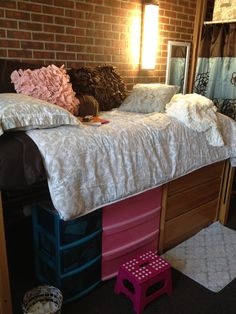 going to need to do this to fit all my clothes in my dorm next year!