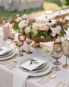 Starting the week off with these gorgeous images from This color palette was one of our favorites, and those Taupe Wedding, Rose Wedding, Dream Wedding, Wedding Flowers, Autumn Wedding, Wedding Stuff, Wedding Gifts, Wedding Tablecloths, Wedding Table Linens