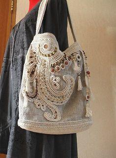 freeform crochet bag www.ru… freeform crochet bag www. Freeform Crochet, Irish Crochet, Crochet Lace, Free Crochet, Crochet Handbags, Crochet Purses, Handmade Handbags, Handmade Bags, Sacs Tote Bags