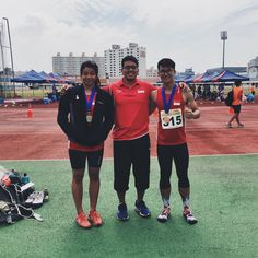 Congrats to SW students and NYP athletes Ow Si XIng & Daniel Lim on their respective wins at the Track & Field Meet in Mokpo, South Korea over the weekend. They are pictured here with their coach, SW Alumni Akid Chong. #swpride