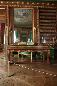 Napoleon's library at the Château de Compiègne, France #empire #19thcentury  #furniture #antique #napoleon #compiegne Classical Interior Design, Classic Library, Monuments, Palace Interior, Neoclassical Architecture, French Castles, Imperial Palace, Oise, Home Libraries
