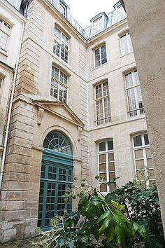Haven in Paris : Luxury Vacation Apartment Rental: Marais Triplex, Marais Apartment Rental