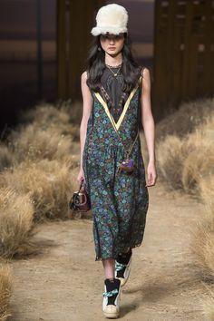 Coach 1941 Fall 2017 Ready-to-Wear Fashion Show - Lineisy Montero