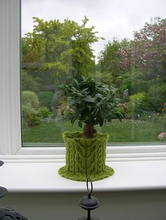 Great for those big leafy pots