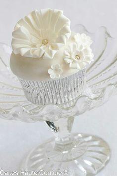 elegant cupcake in crystal
