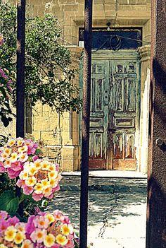 Nicosia, Old Strovolos