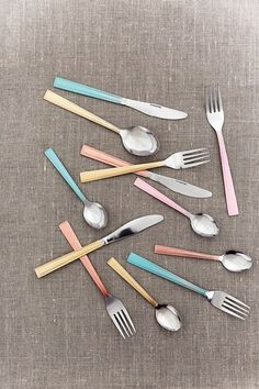 Wedding Cutlery Colourful DIY (BridesMagazine.co.uk)