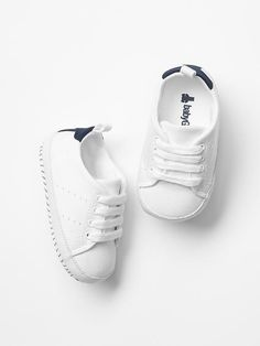 Classic sneakers Product Image