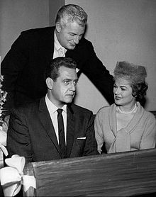 """Still no ideas, huh?"" Barbara Hale, Raymond Burr, Della Street & Perry Mason"
