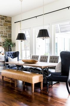 Traditional House in the USA, design, décor, interior, USA, Utah, house, cozy, dining room