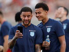 England National Football Team, National Stadium, England Football, Dele Alli, Football Soccer, Football Players, Football Stuff, Kyle Walker, Hair