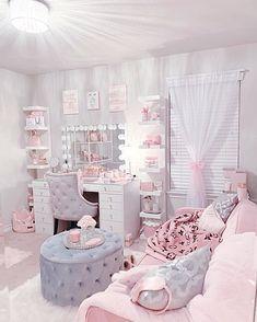 Cute Bedroom Decor, Bedroom Decor For Teen Girls, Room Design Bedroom, Girl Bedroom Designs, Stylish Bedroom, Room Ideas Bedroom, Home Room Design, Beauty Room Decor, Aesthetic Bedroom